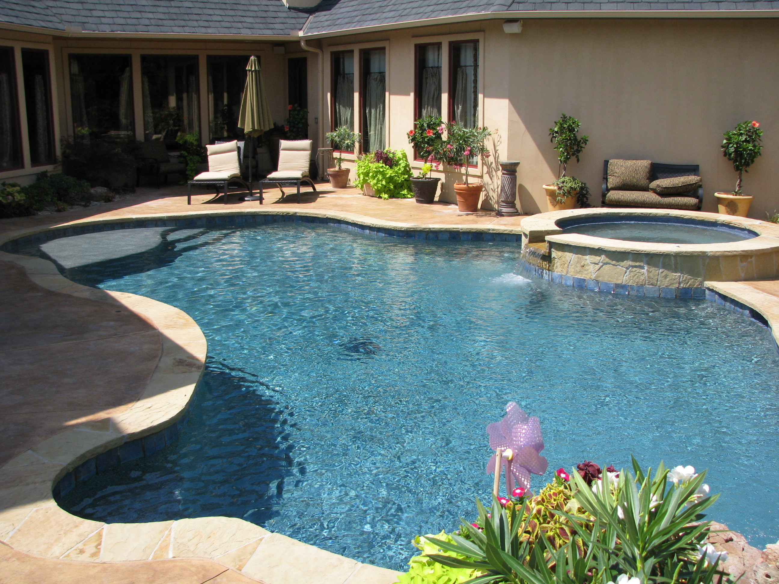 free form pool designs in okc norman ok blue haven pools - Free Form Swimming Pool Designs