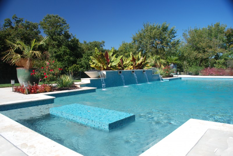 Pool special features designs in okc blue haven pools for Pool design okc
